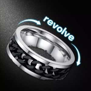 Men's Stainless Steel Spinner Chain Ring.
